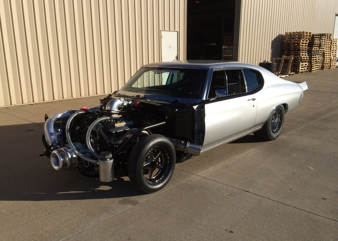 Standing Out Barry Lutz Outlaw 275 Drag Radial Chevelle