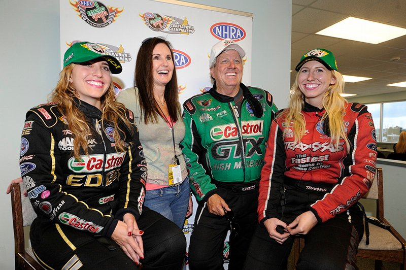 Force Sisters Earn No 1 Qualifying Positions At Nhra