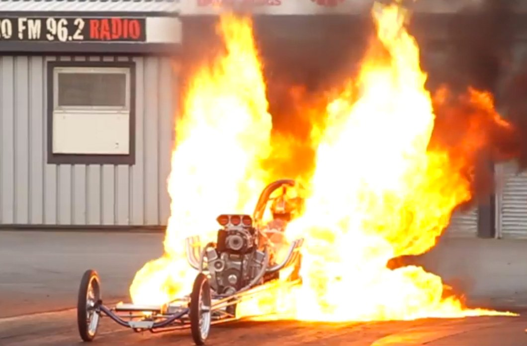 Top 10 Off Road Tires >> Video: Awesome Brits Doing Awesome Fire Burnouts At Santa
