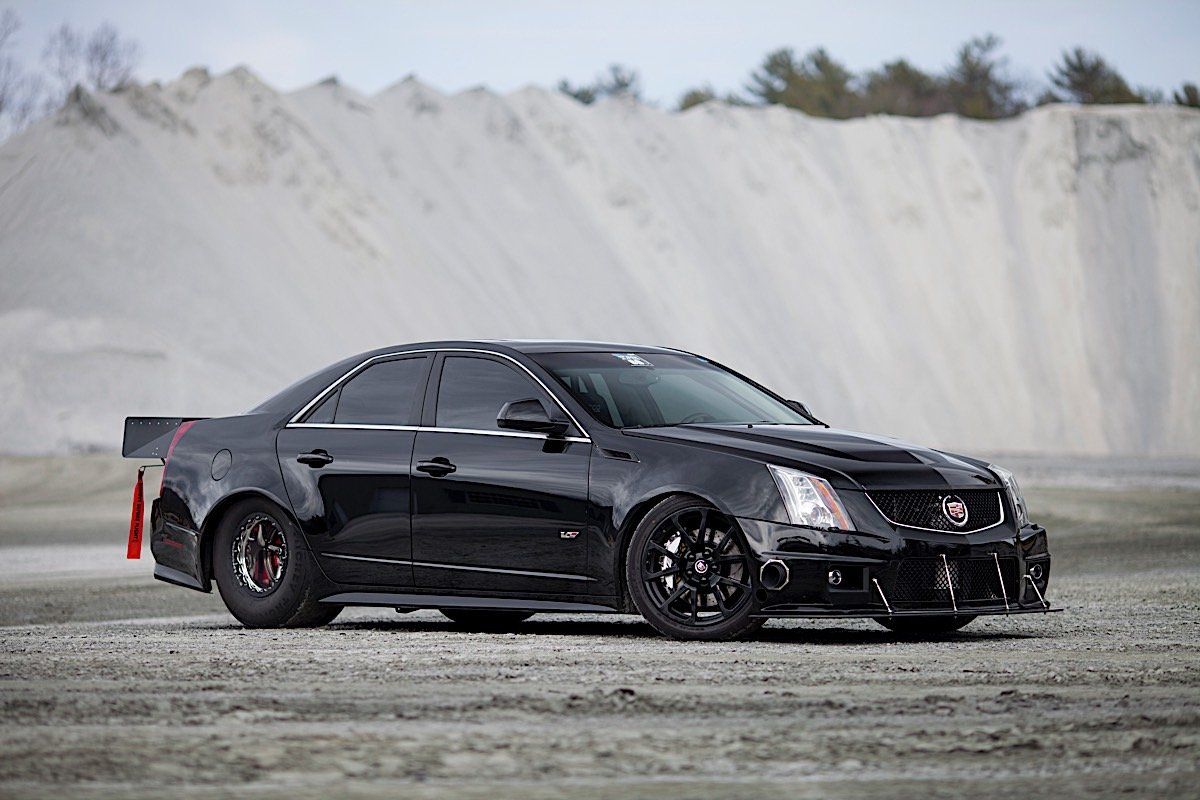Video Record Breaking Cts V Becomes Fastest Of All Time