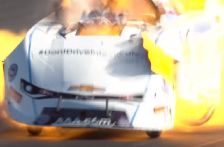 Video: Robert Hight's Massive Final Round Engine Explosion